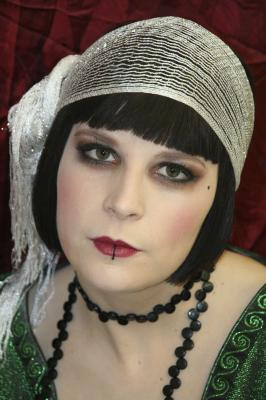 Le look blog de la soir e ann es 30 fr 39 o 39 blog - Maquillage annee 30 ...